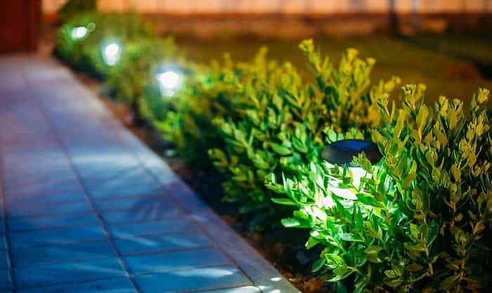 best-solar-lights-for-shaded-areas