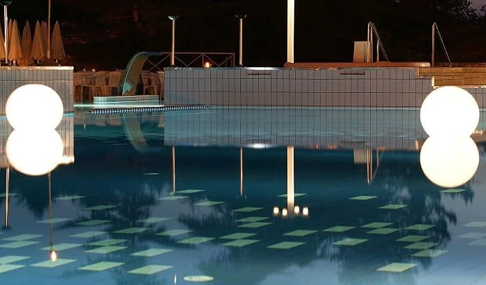 solar-pool-lights-for-inground-pools
