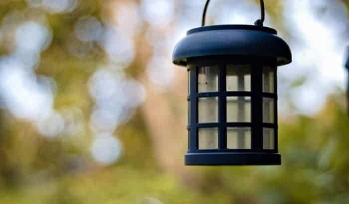 decorative-hanging-solar-lights