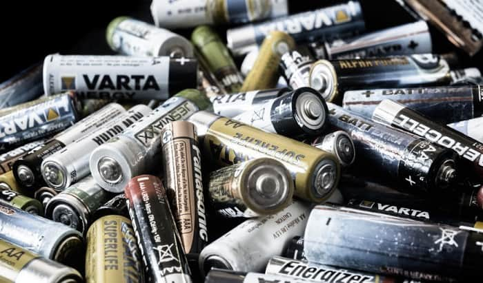 Do-you-need-special-batteries-for-solar-lights