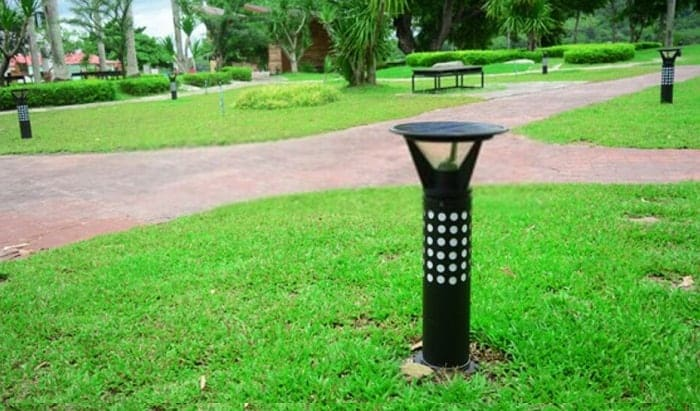 How-do-you-charge-solar-lights-for-the-first-time