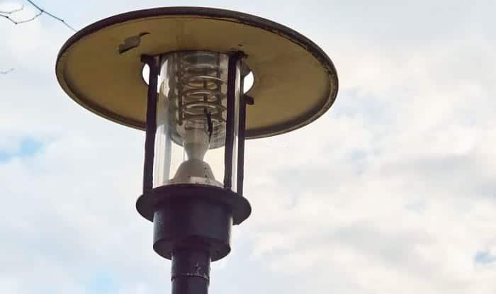 best-solar-lamp-post-light