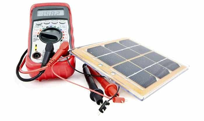 Testing-the-12-Volt-Solar-Panels