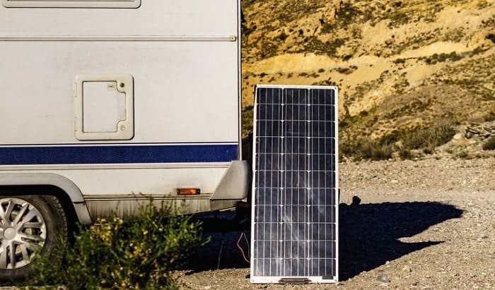100-watt-solar-panel-charge-a-battery