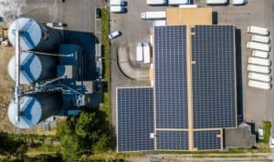 how long do harbor freight solar panels last