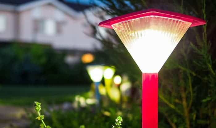 solar-powered-lights-work