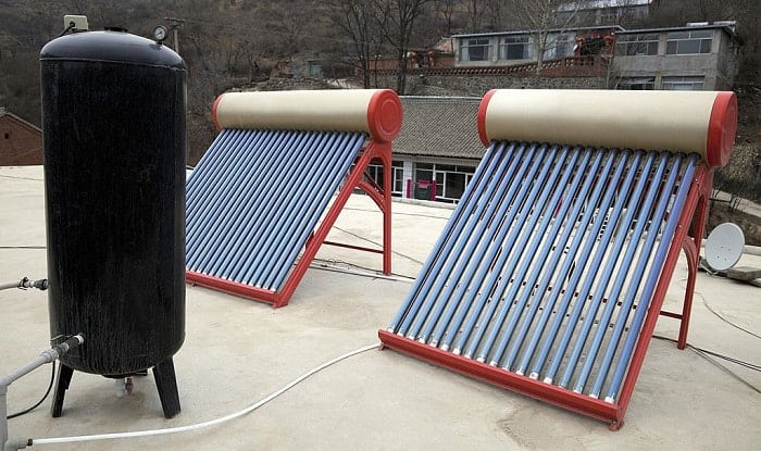how do solar water heaters work