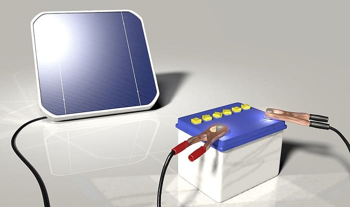 how to charge a battery with a solar panel